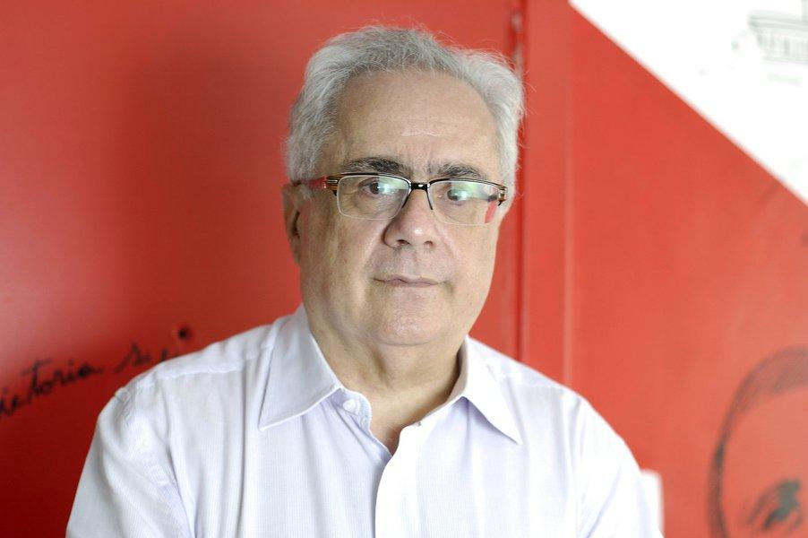 Nassif: Guedes é incapaz de qualquer ideia criativa