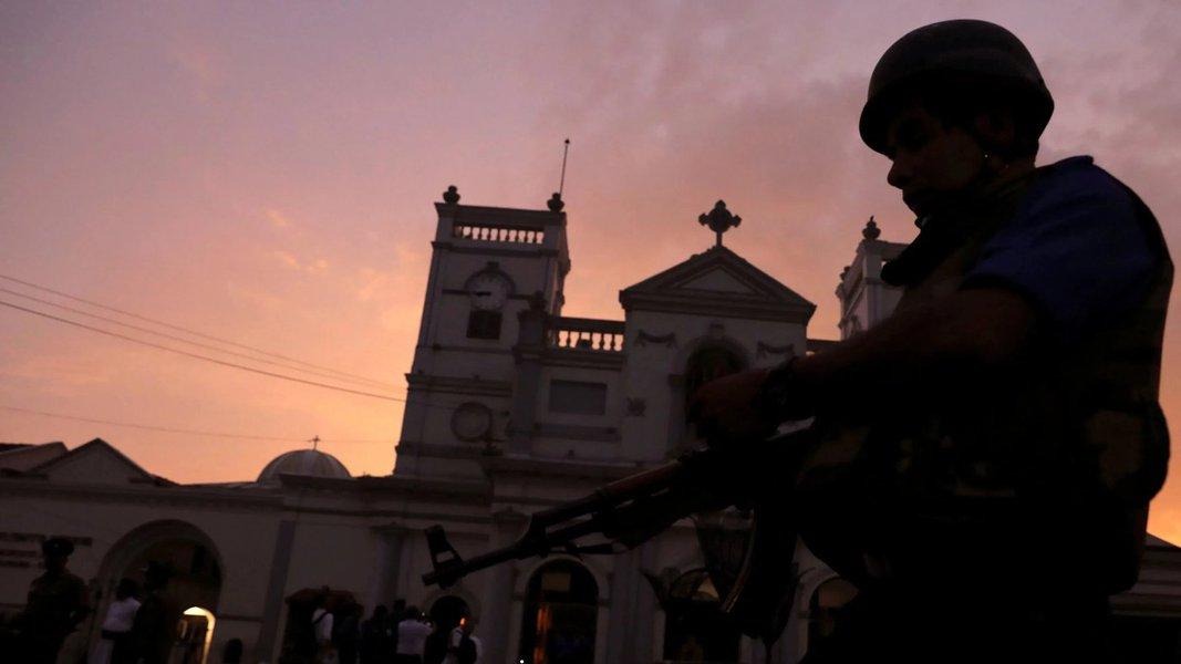 Operação militar contra refúgio do EI deixa 15 mortos no Sri Lanka