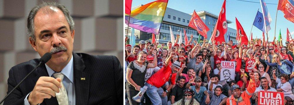 Mercadante: povo deve a Lula grande mobilização por sua liberdade