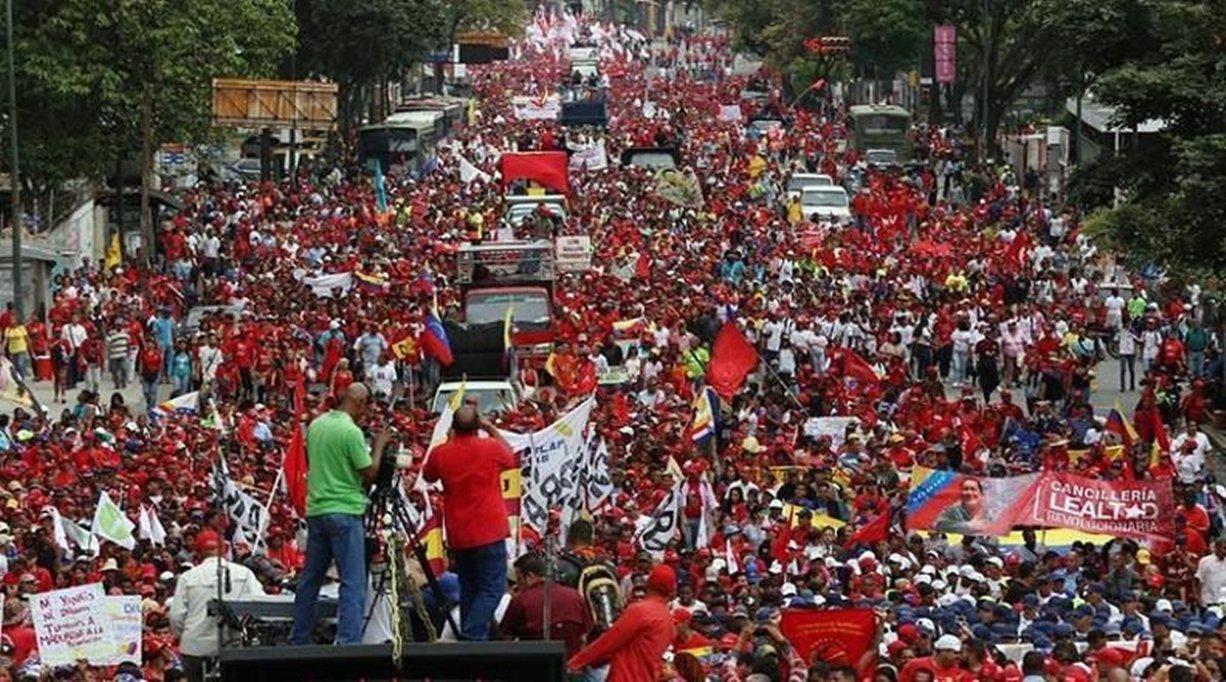 Manifestações no Dia Internacional dos Trabalhadores acontecem em diversas cidades do mundo