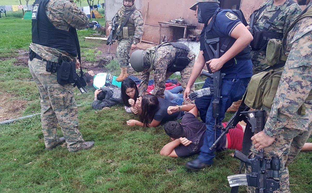 Polícia do Paraguai mata 6 suspeitos de integrar o Comando Vermelho