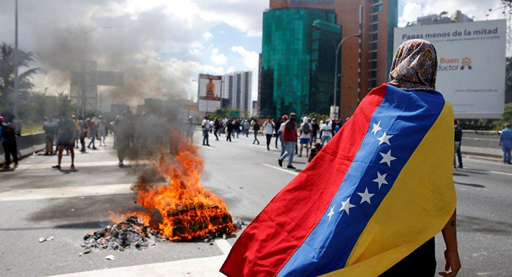 Relatório estima que sanções contra Venezuela causaram cerca de 40 mil mortes