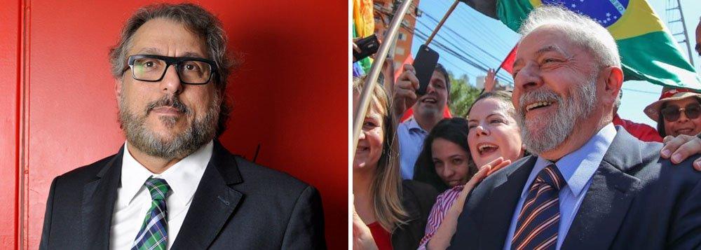 Jurista aponta três cenários que podem determinar se Lula será solto ou ficará preso