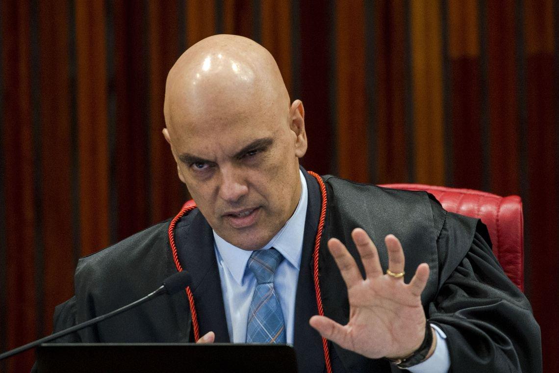Moraes trava no STF ação em que é responsabilizado por repressão contra estudantes