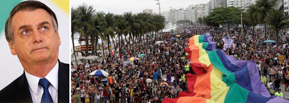 Homofóbico, Bolsonaro agride LGBTs e diz que Brasil não pode ser 'do mundo gay'
