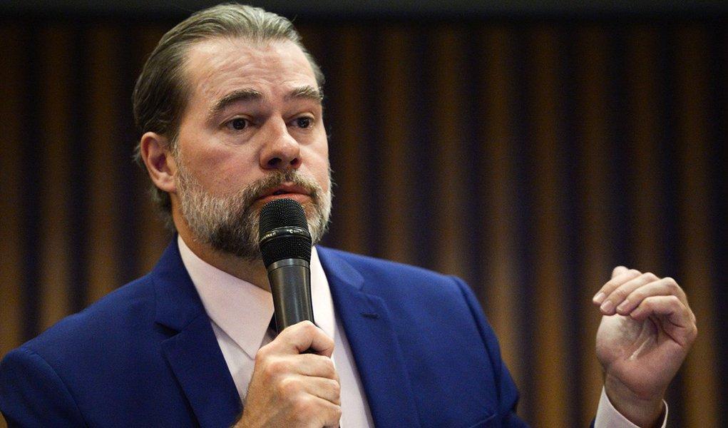 Toffoli defende censura imposta a reportagem em que era citado