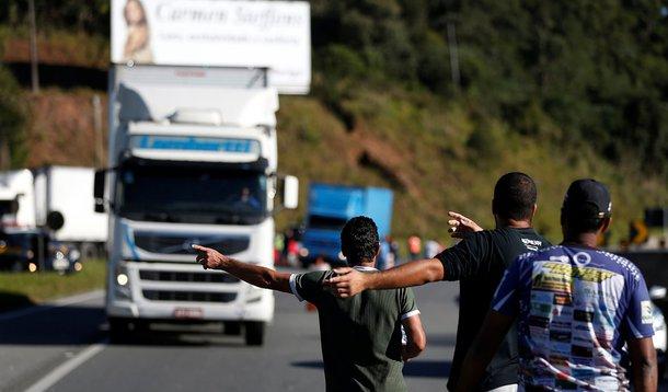 Nova greve de caminhoneiros é iminente, diz líder da categoria