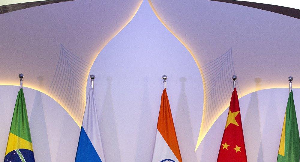 Banco dos BRICS anuncia investimentos em infraestrutura no Brasil