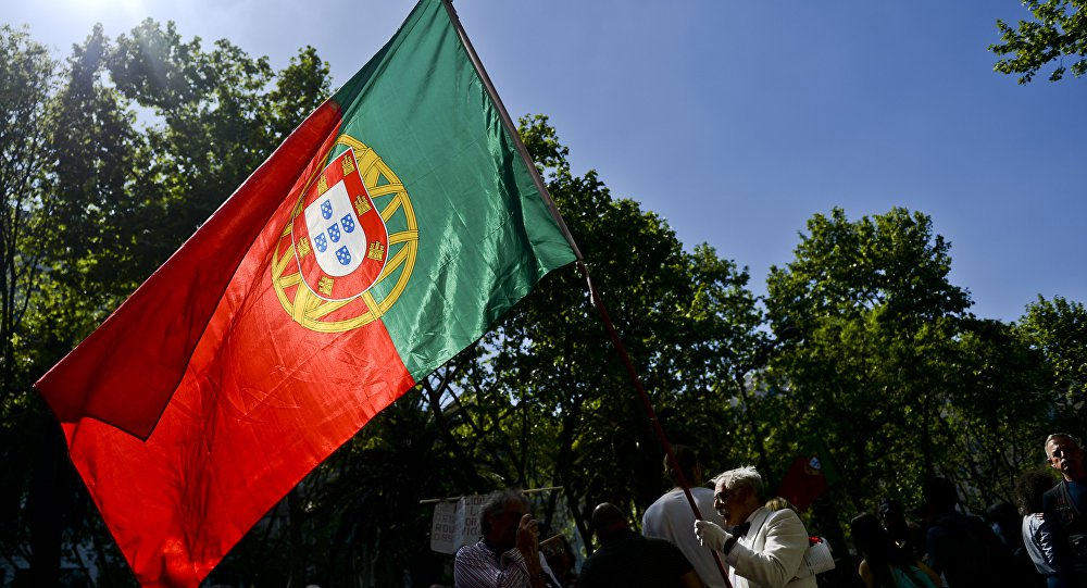 Bloqueio de dinheiro venezuelano em Portugal evidencia 'mundo sem lei'