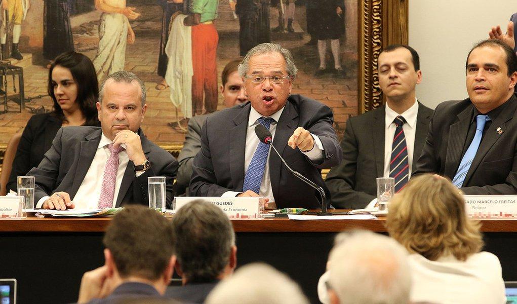 Guedes ataca 'jabutis' na sua proposta para Previdência