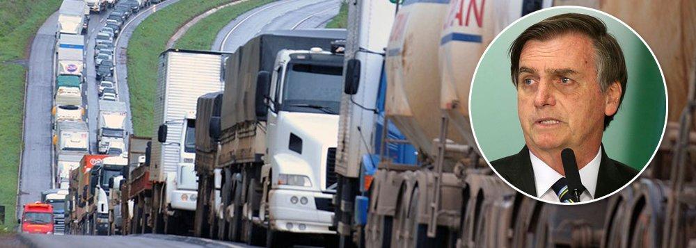 Insatisfeitos com Bolsonaro, caminhoneiros já falam em greve