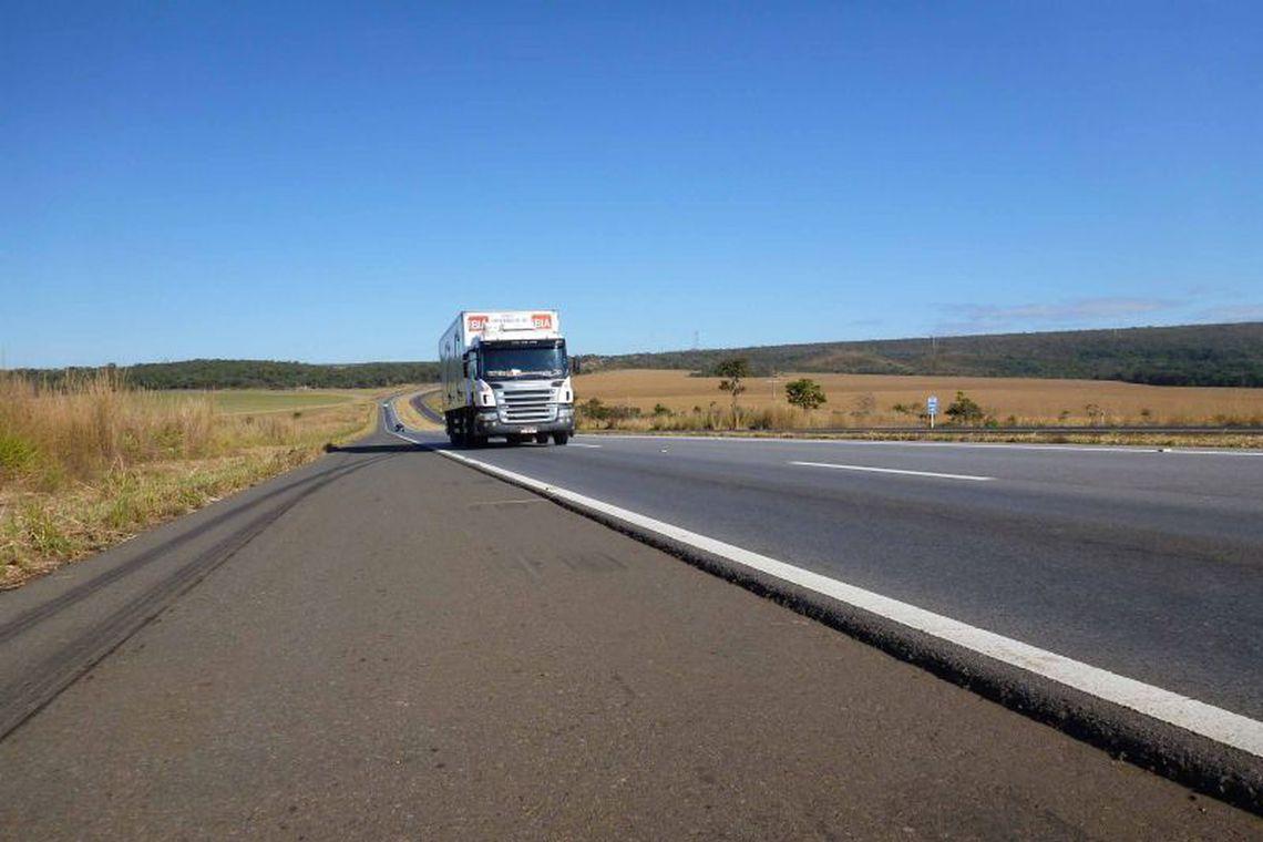 Caixa vai financiar até 100% da compra de caminhões e ônibus