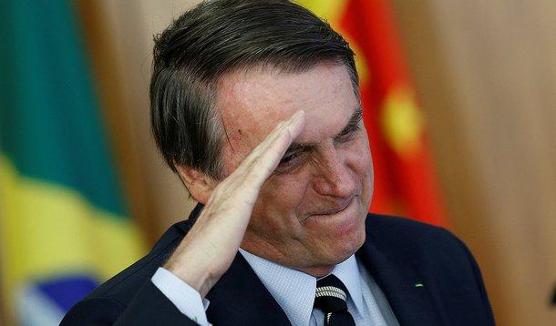 Bolsonaro aprendeu fake news com a mídia brasileira
