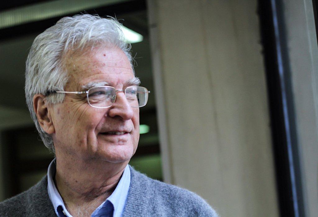 Sistema de capitalização empobreceu idosos no Chile, diz economista