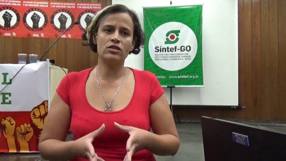 Polícia entra no Instituto Federal de Goiás e faz prisão política de professora