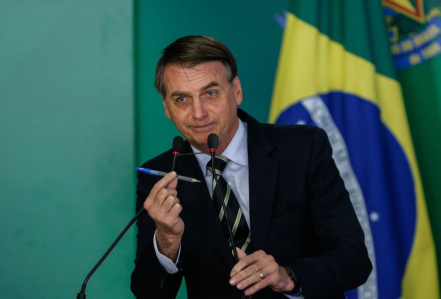 Decreto de Bolsonaro extingue canais de participação social em políticas públicas
