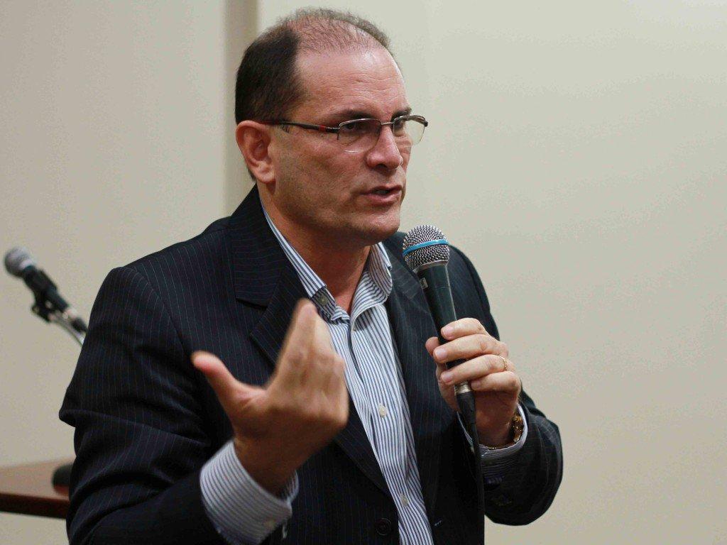 Ex-governador de RO é alvo de operação contra crimes ambientais