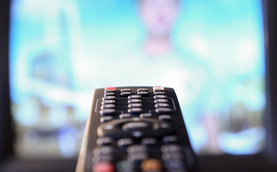TV aberta: retroalimentador de um povo incauto