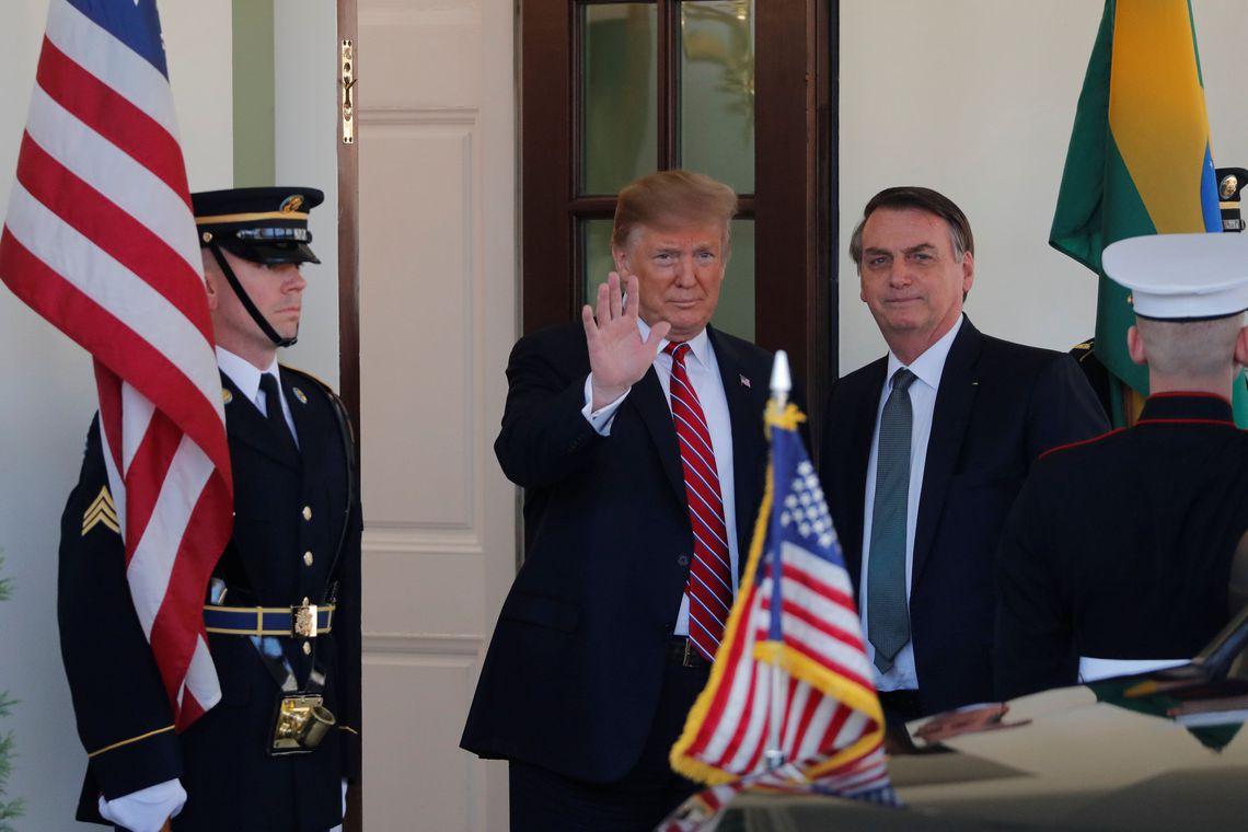 Análise: objetivo dos EUA é expulsar China do Brasil