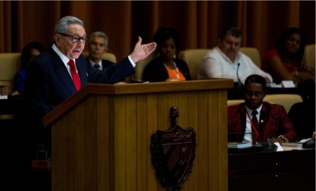 Raúl Castro diz que Cuba não vai abandonar Venezuela apesar de 'chantagem' dos EUA