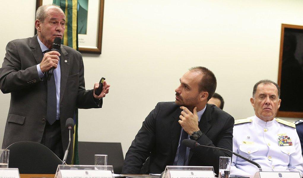 'Lamentável incidente', diz ministro da Defesa sobre fuzilamento no Rio