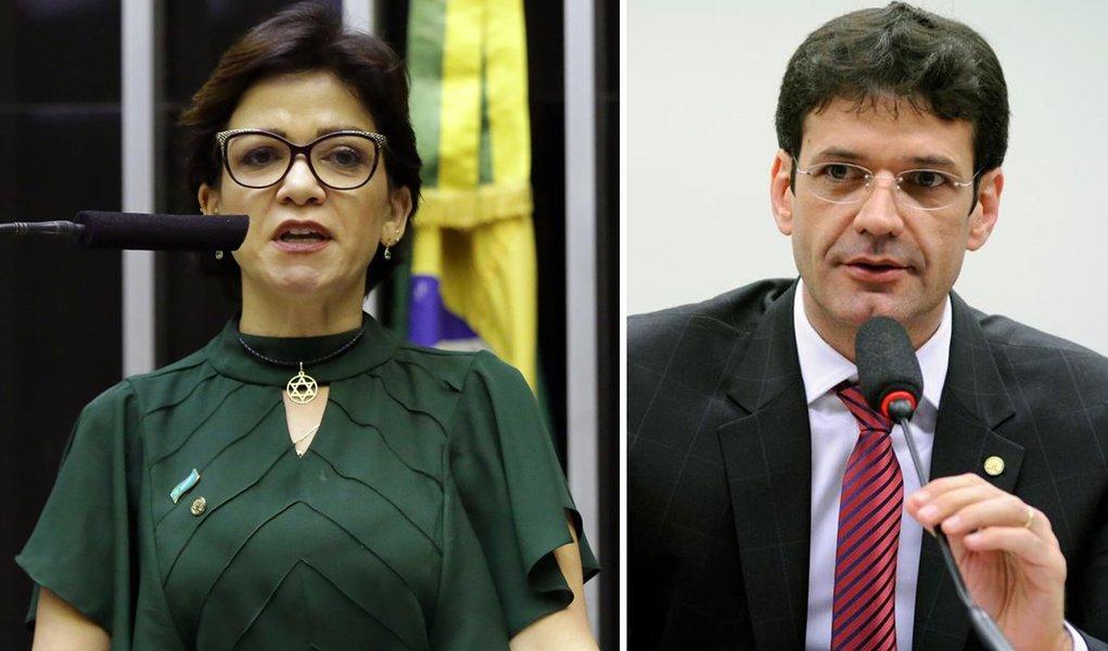 Deputada diz ter sido ameaçada de morte por ministro após denunciar laranjal do PSL