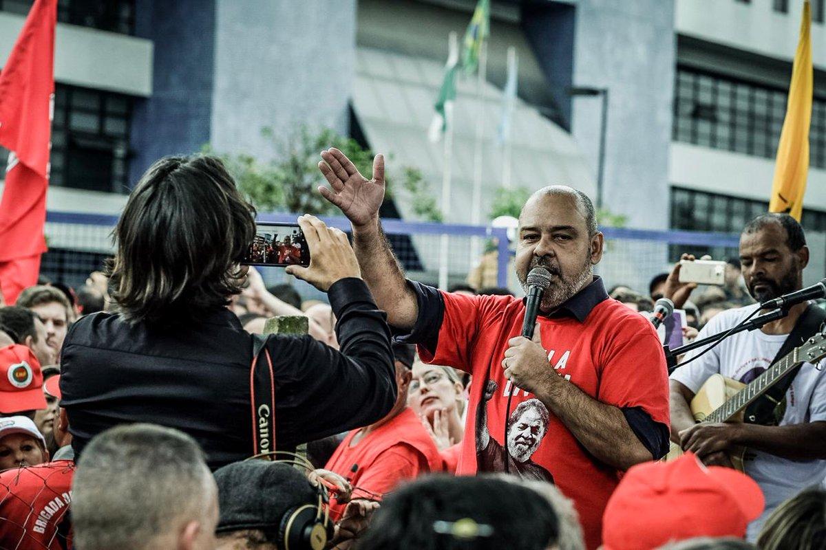Bolsonaro admite não servir pra ser presidente e nós já sabíamos, diz presidente da CUT
