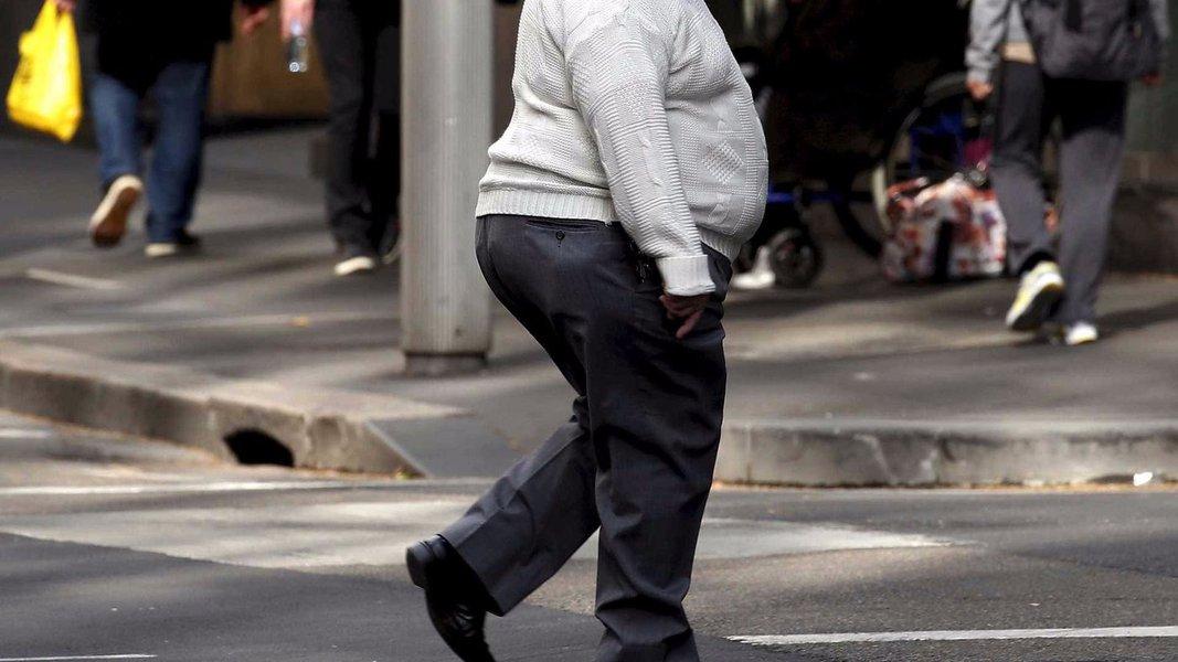 Mais da metade dos brasileiros está acima do peso
