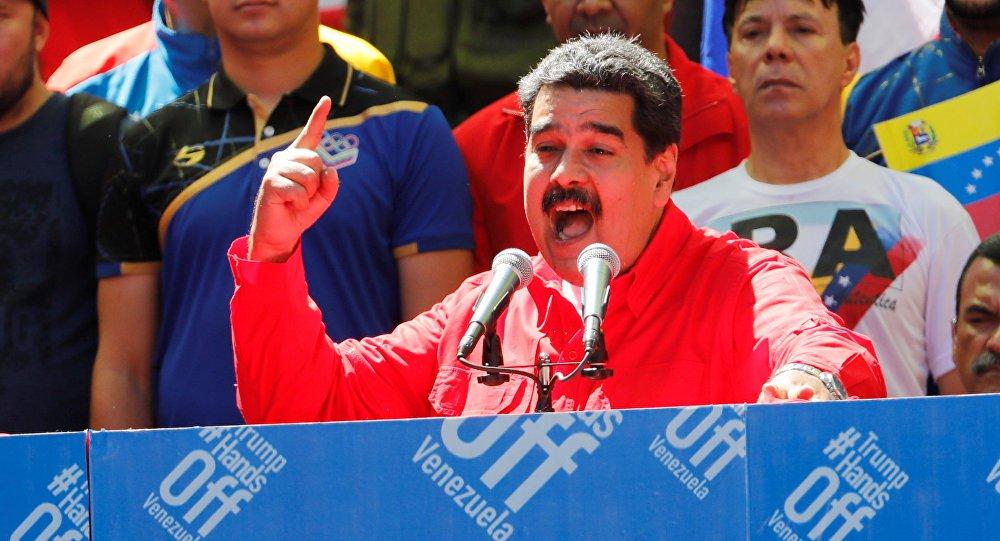 Maduro diz que EUA fazem guerra não convencional contra Venezuela