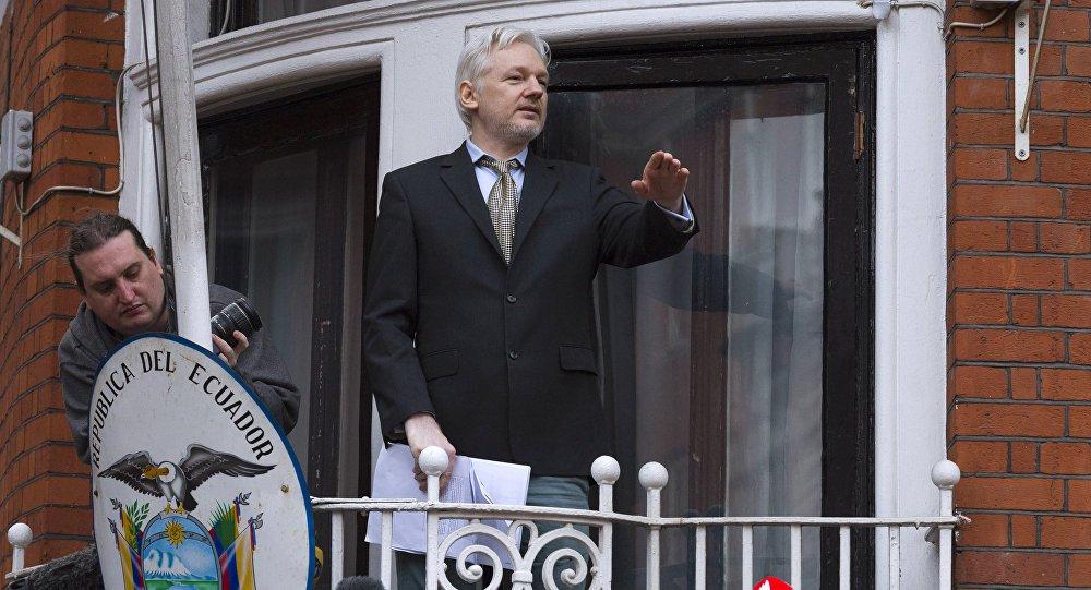 WikiLeaks: Assange pode ser expulso da Embaixada do Equador em breve