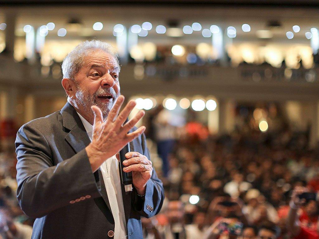 Lula: prefiro ser um preso digno do que um solto rato