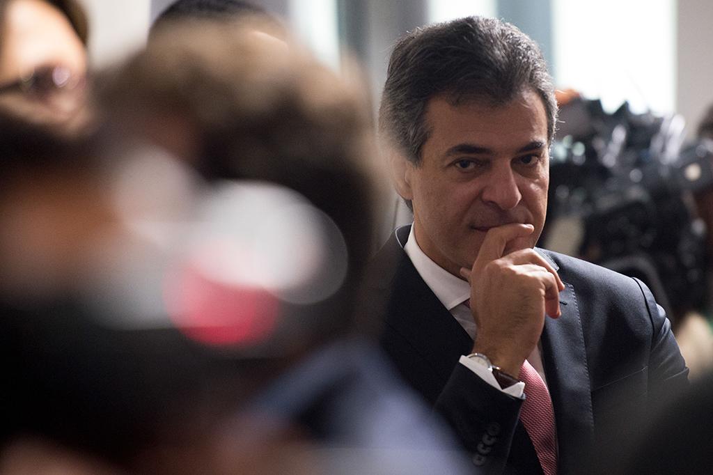Justiça do Paraná manda soltar Beto Richa