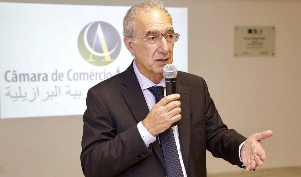 Câmara de Comércio Árabe Brasileira pede a Bolsonaro tratamento igualitário