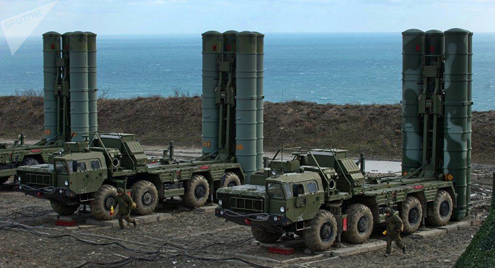 Turquia começa a receber componentes do sistema russo S-400