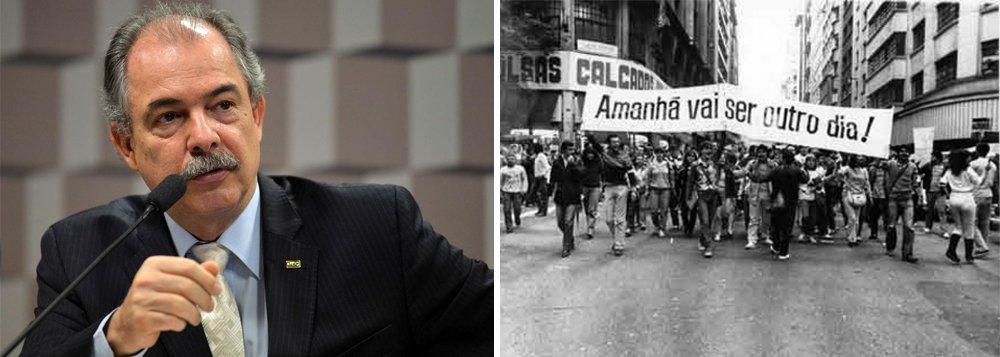 Mercadante: comemorar o golpe é de uma agressão e violência inomináveis
