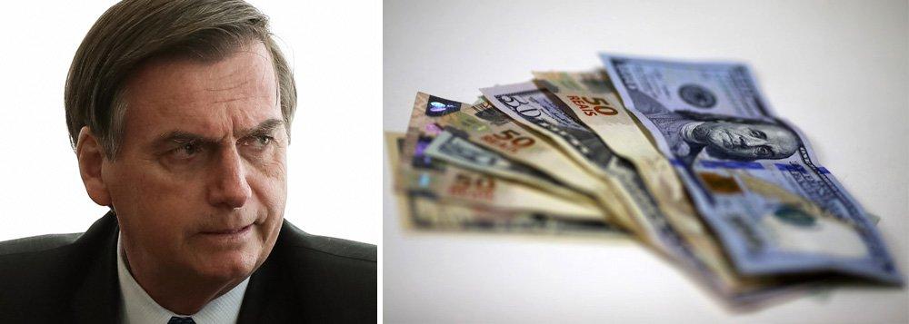 Dólar dispara com caos do governo Bolsonaro