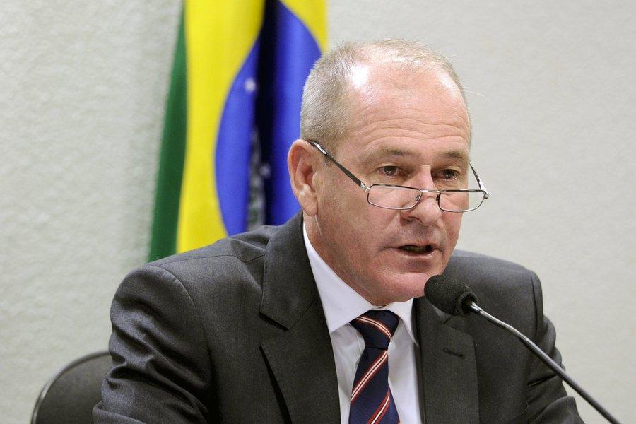 A cobra vai fumar, diz secretário dos EUA em reunião com ministro brasileiro