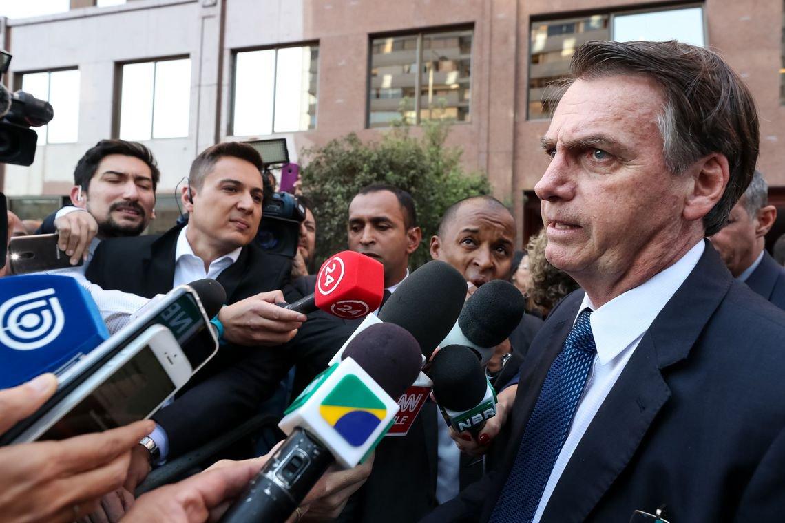 Indigência de Bolsonaro assusta, aponta a Folha