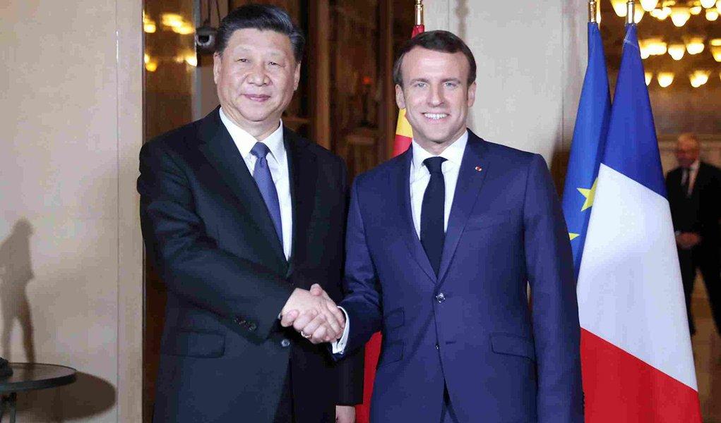 Xi Jinping e Macron se reúnem na França por parceria estratégica