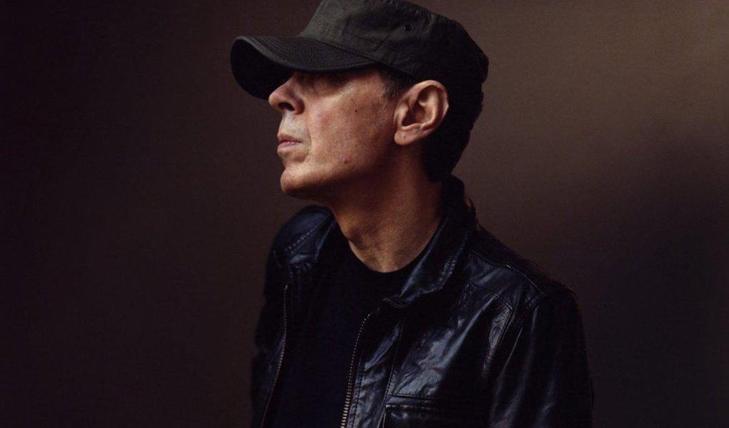Scott Walker, cantor e compositor de pop experimental, morre aos 76 anos