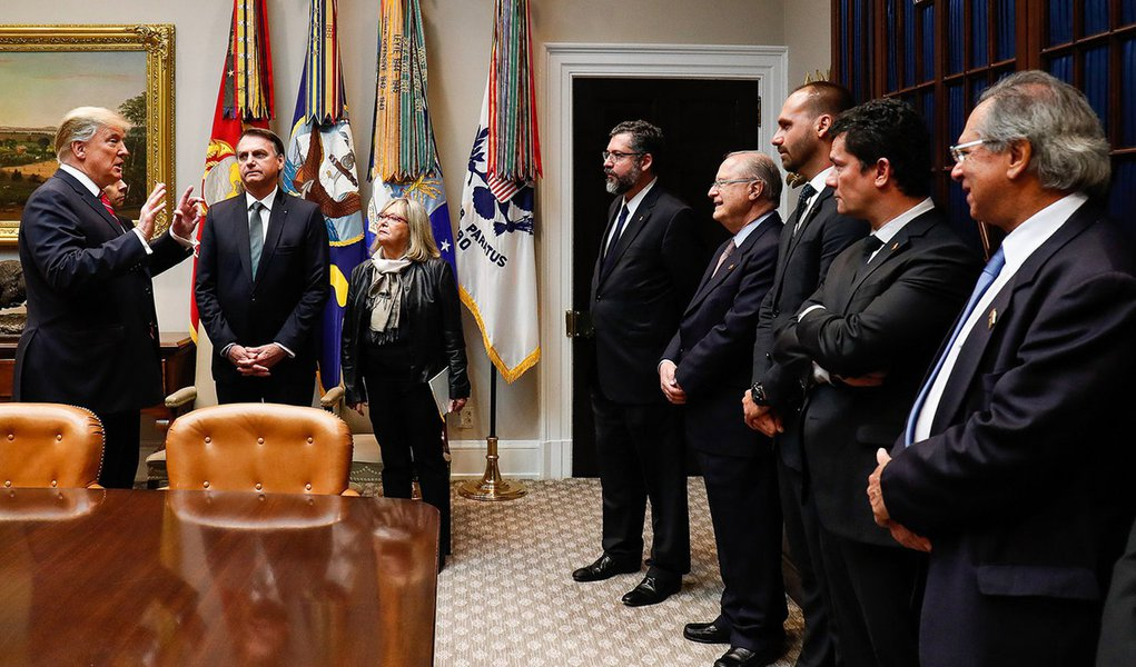 Deputados dos EUA chamam Bolsonaro de líder 'com discurso de ódio, misógino e racista'