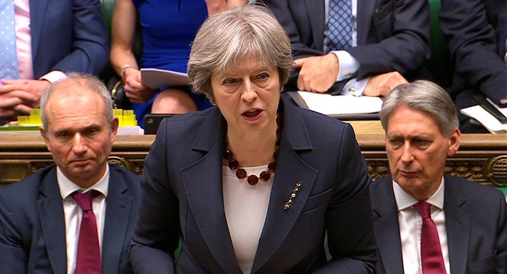 União Europeia impõe condições a May para prorrogação do Brexit