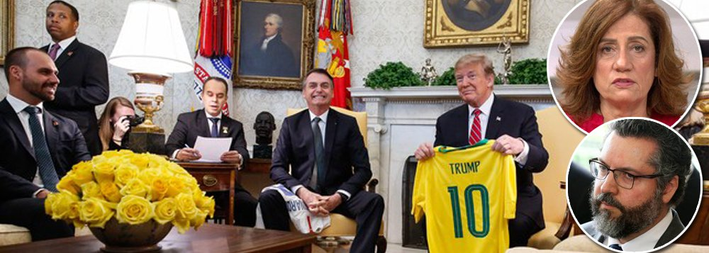 Bolsonaro rebaixa Itamaraty ao levar filho para reunião com Trump