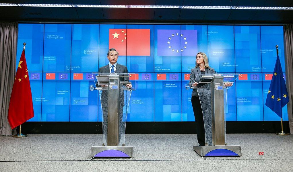 Visita de Xi Jinping à Europa vai impulsionar parceria China-UE, diz chanceler