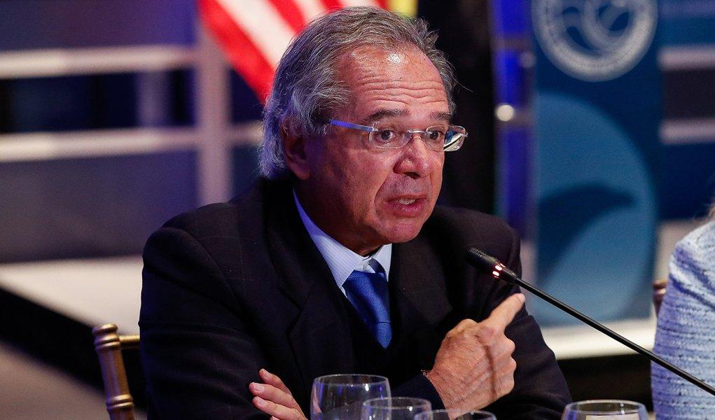 Guedes: Brasil não vai recusar investimento chinês, apesar do alinhamento com EUA