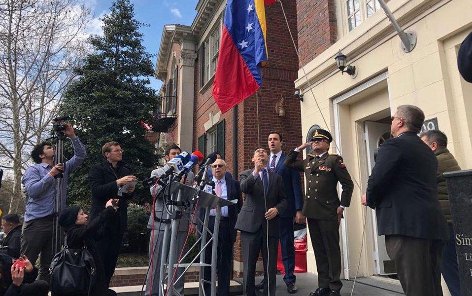 'Embaixador' de Guaidó ocupa propriedades da Venezuela nos EUA