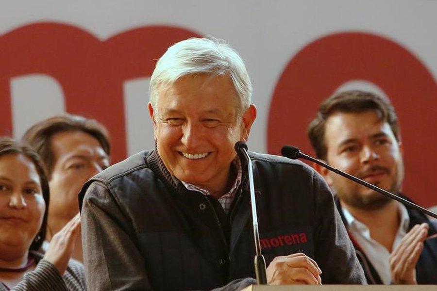 López Obrador decreta fim do modelo neoliberal no México