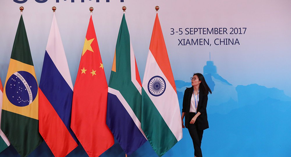 BRICS poderia ser plataforma para mediar crise na Venezuela, diz especialista