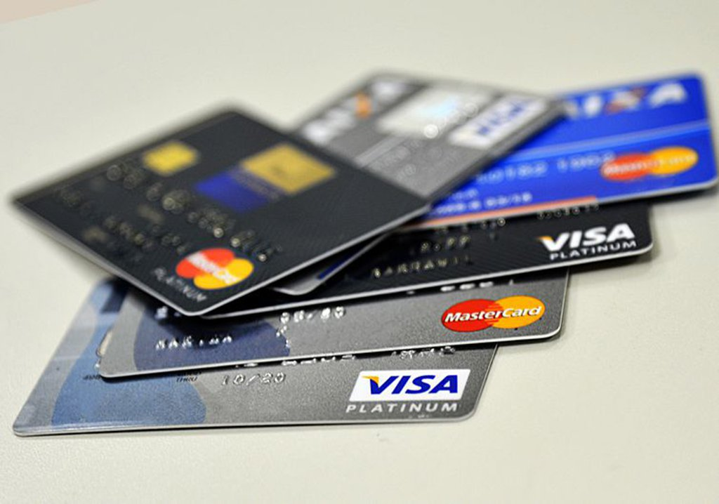 EUA querem proibir Visa e Mastercard de operarem na Venezuela