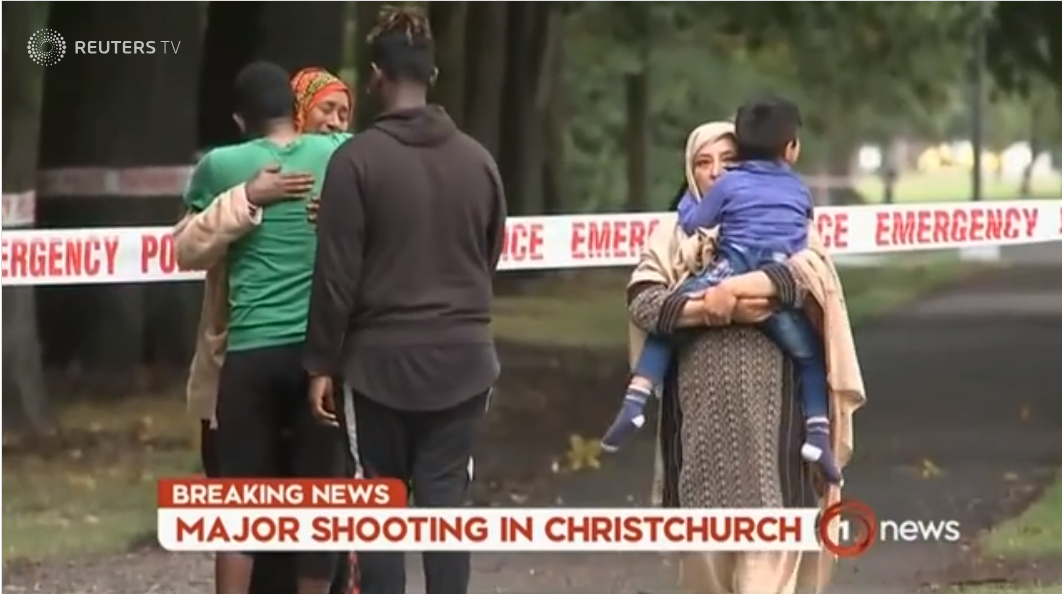 Plano de agressor contra mesquitas da Nova Zelândia começou e terminou na internet